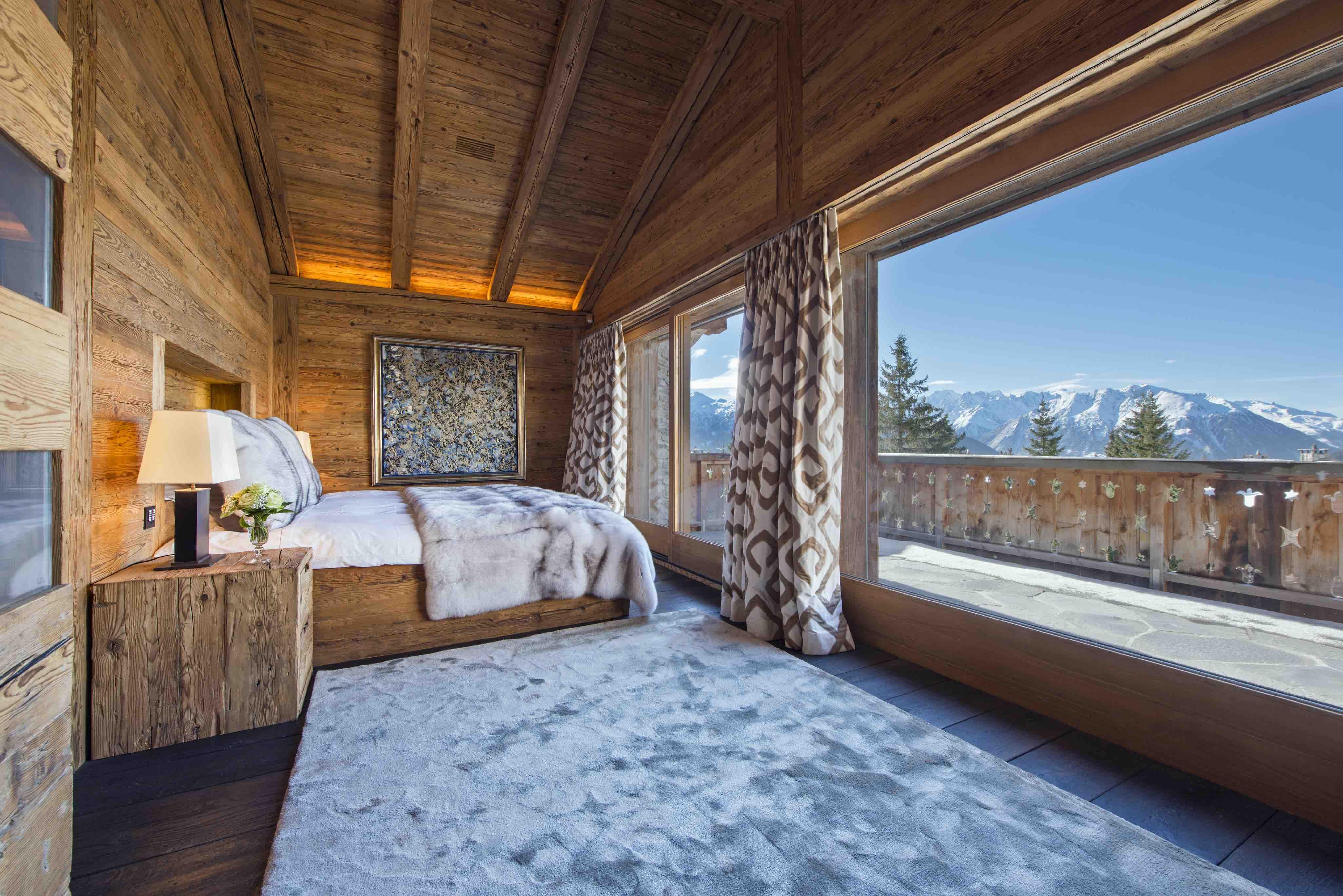 Великолепные альпийские дома в стиле шале.